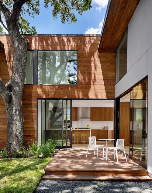 Ανακαίνιση σπιτιού πίσω χώρος
