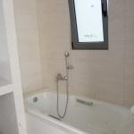 Ανακαίνιση Λουτρού: Εντοιχισμένη μπανιέρα λουτρού