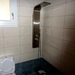 Ανακαίνιση Μονοκατοικίας: Ινοξ στήλη ντουζιέρας