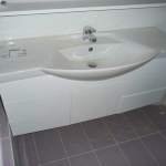 Ανακαίνιση Λουτρού: Επιπλο μπάνιου λακαριστό