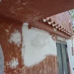 Ανακαίνιση Μονοκατοικίας: Αποφλοίωση πρόσοψης