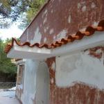 Ανακαίνιση Μονοκατοικίας: Βάψιμο κεραμιδιών και στέγαστρου
