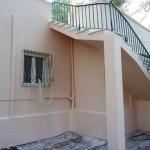 Ανακαίνιση Μονοκατοικίας: Ολοκληρωμένη όψη εξωτερικής σκάλας