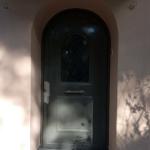 Ανακαίνιση Μονοκατοικίας: Νέα πόρτα εισόδου με καμάρα