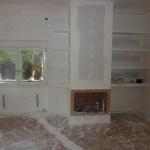 Ανακαίνιση Μονοκατοικίας: Νέα όψη τζακιού με ράφια