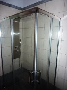 Ανακαίνιση μικρού μπάνιου: Καμπίνα