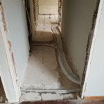 Ανακαίνιση σπιτιού 85τμ - αποξηλώσεις στο δάπεδο και σωλήνες θέρμανσης